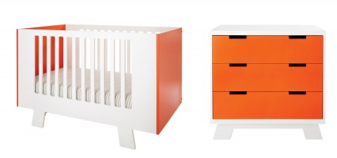 Giggle Signature Crib and Dresser by Dutailer