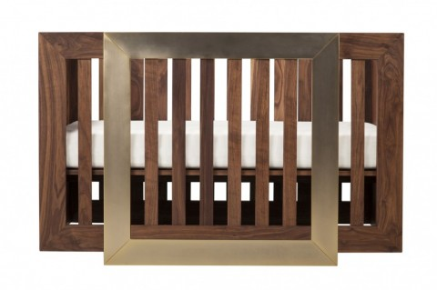 7. Halo Crib with mattress front view_L_1