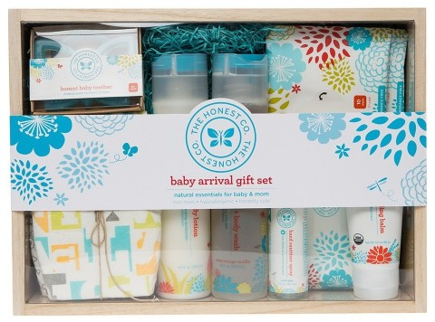 The Honest Co. Baby Arrival Gift Set