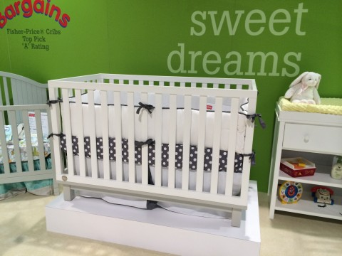 Fisher Price Riley Island Crib