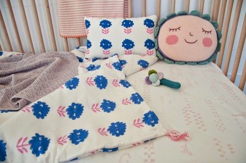 Coverlet-Bleu-Sheet-Pink-1