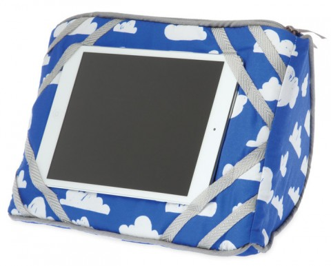 Travel + Comfort Tablet Wedge (Cloud)