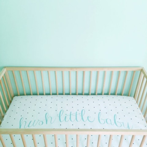 Hush Little Baby Crib Sheet from Iviebaby