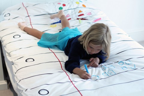 Doodle-by-Stitch-Reversible-Duvet-and-Pen-Set-DDT-DDQ