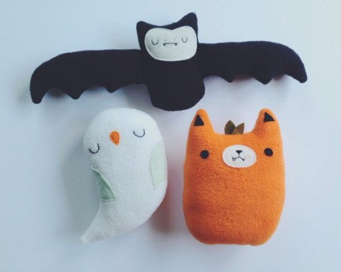 sleepy king plush halloween