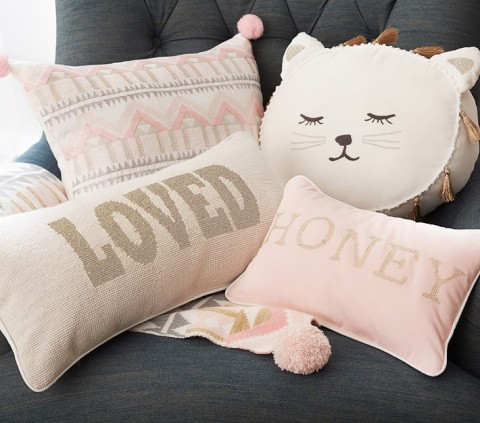 emily-meritt-decorative-pillows-o (1)