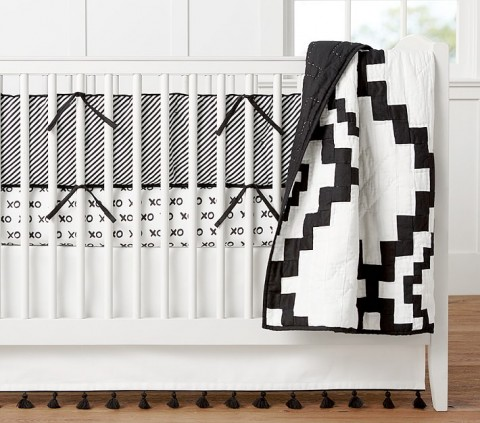emily-meritt-diamond-nursery-bedding-1-o