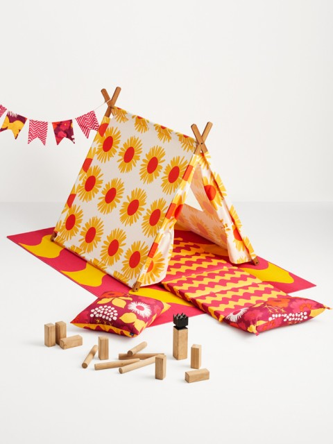 Marimekko for Target Play Tent 3 pc - Auringonkukka Print - Warm & Marimekko Play Tents at Target «