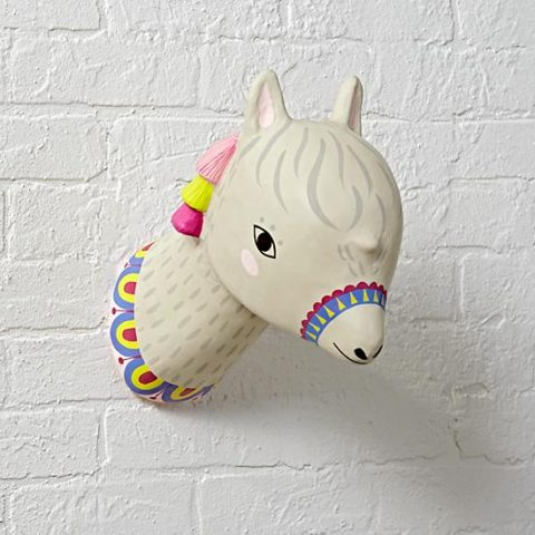 charming-creatures-alpaca-decor