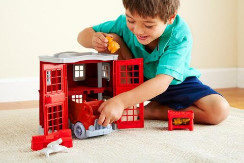 GreenToys_FireStationPlayset